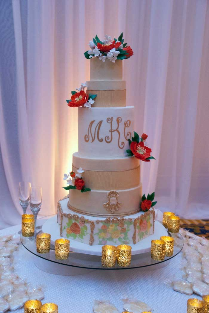 mmt-tiered-candles-flowers-mkc